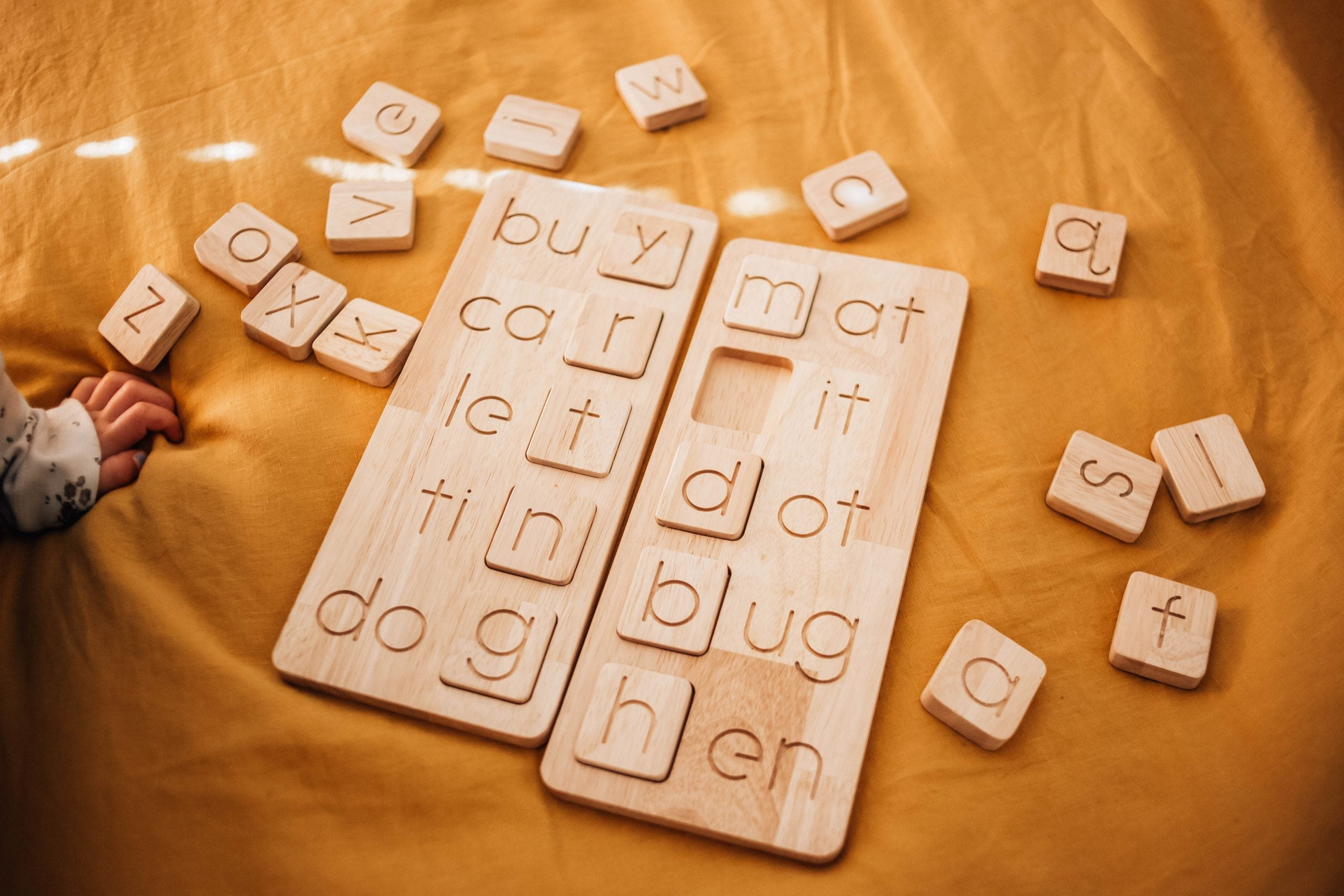Q toys Wooden CVC Dual Word Boards