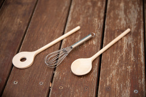 Gluckskafer Whisk and 2 Spoons Set
