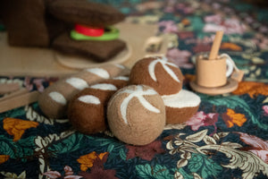 Papoose Felt Bread Roll (whole)