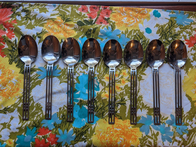 Sasaki Patino / Wolf Windows Large Serving Spoon 18-8 Art Deco Geometric Design Used