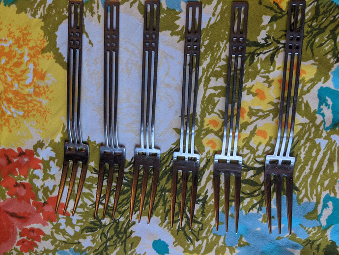 Sasaki Patino / Wolf Windows Salad Fork 18-8 Art Deco Geometric Design Used