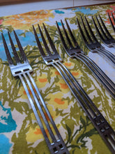 Load image into Gallery viewer, Sasaki Patino / Wolf Windows Salad Fork 18-8 Art Deco Geometric Design Used