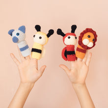 Load image into Gallery viewer, Knit Animal Finger puppet set