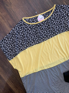 Yellow/Black Color Block Curvy Top