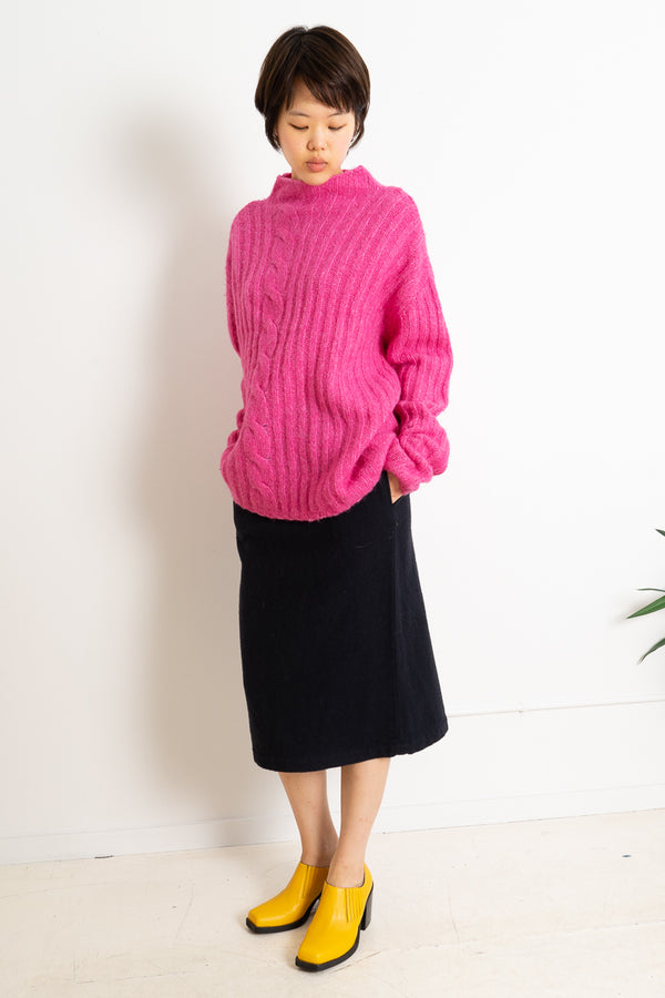 CABLEKNIT SWEATER