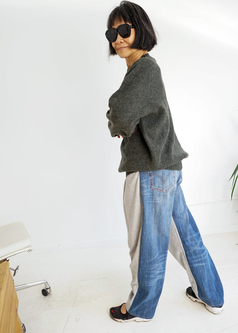 Over Jogging Jeans- Grey Blue