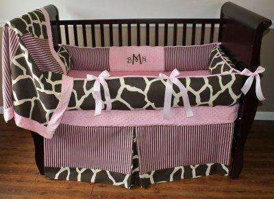 Sweet Sophia Giraffe Crib Bedding
