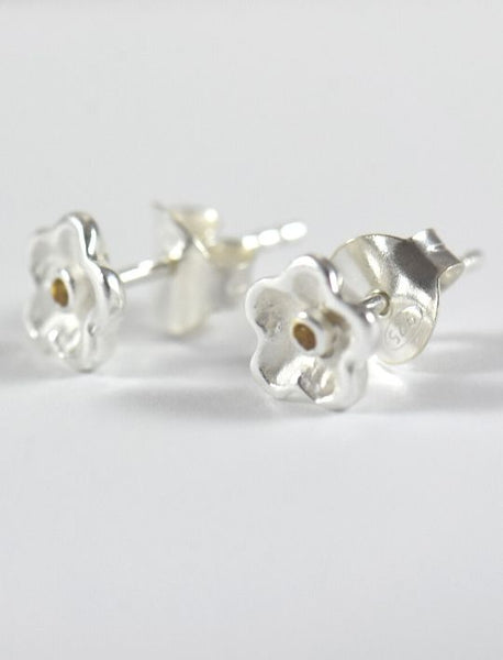 Daisy Earrings in Silver