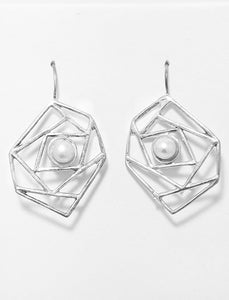 Pearl Earrings With Geometrical Design Ring