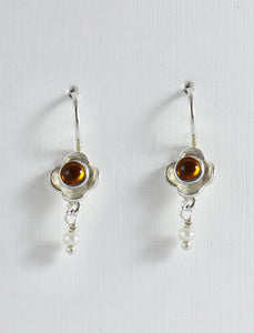 Flower with Stone Earrings in Silver