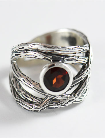 Oxidized Textured Bands with Garnet