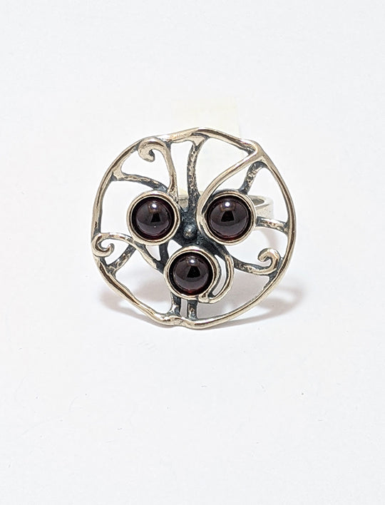 Three Garnet Cabs Ring And Sterling Silver
