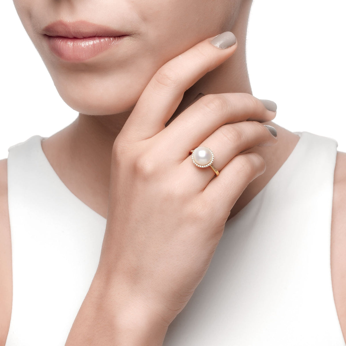 Ferentina | Crème brûlée Ring | 925 Silver | White Pearl & White CZ | 18K Gold Plated