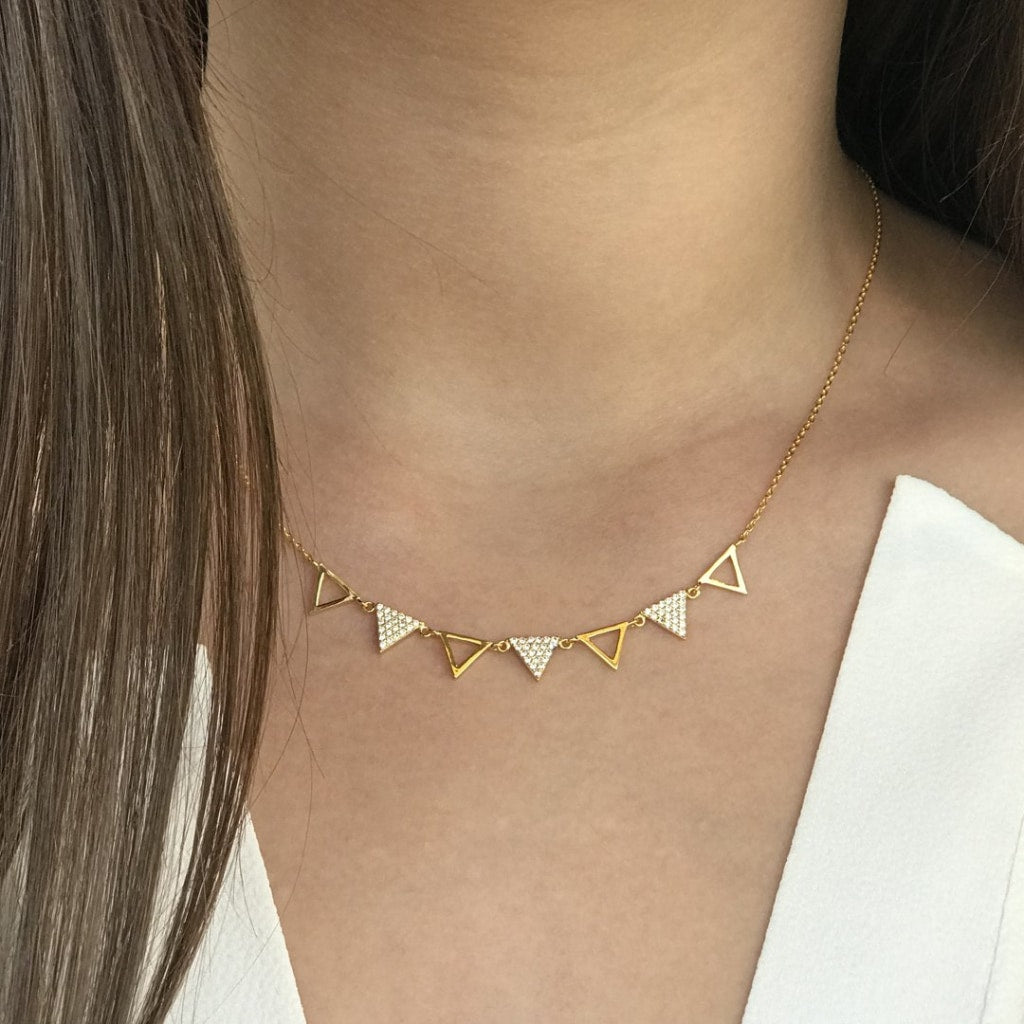 Feronia - Sept Triangle Short Necklace White Cz Gold Plated Silver