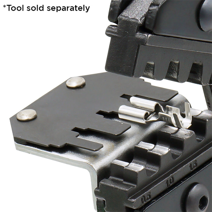 FDT100431 - 4-tab Positioner for 4.8mm and 2.8mm Open Barrel Terminals