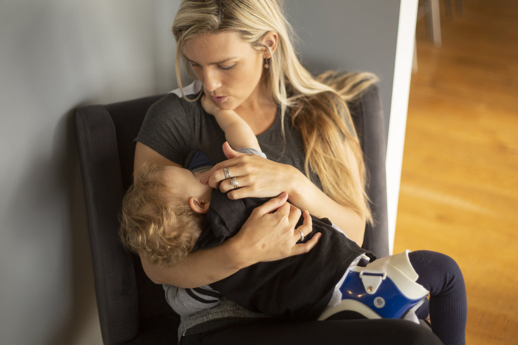 How to Increase Breast Milk & Breastfeed Longer [FAQ]