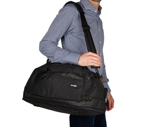 SPORT DUFFLE w/ INTEGRATED SUITER