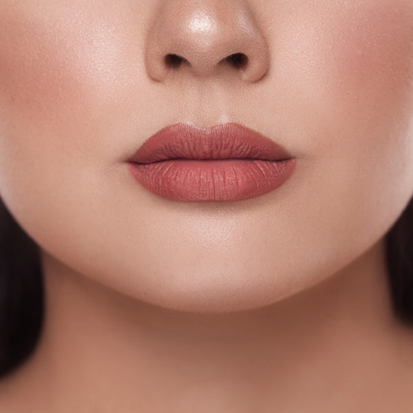 Creamy Matte Liquid Lipstick - ACCURATE 01