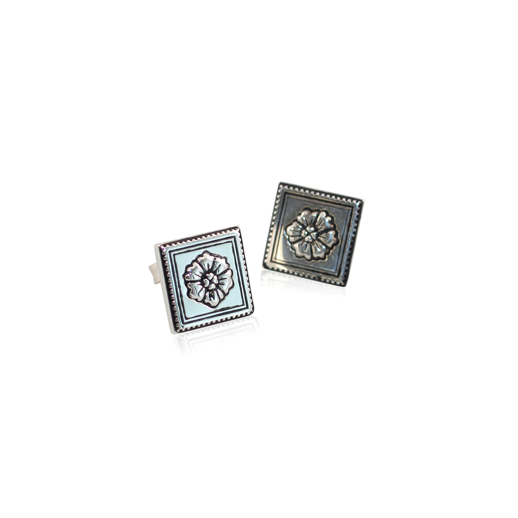 Cachet Stud Earrings