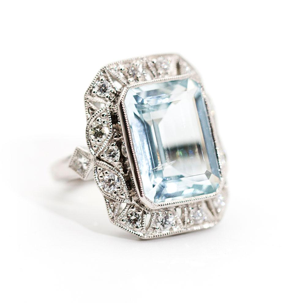 Menorca Aquamarine and Diamond Ring