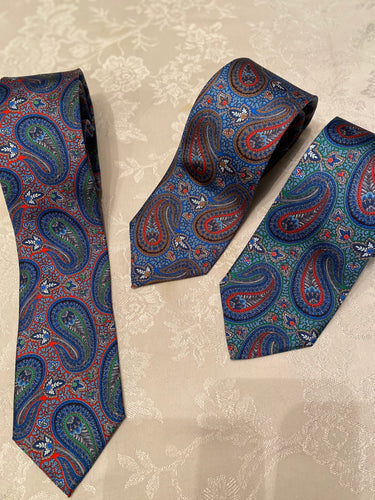 6646 Ground Silk Paisley