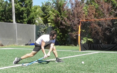 How to do the field hockey sweep Pablo Mendoza