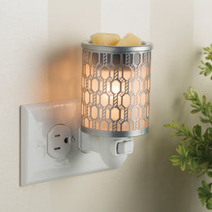 Filigree Pluggable Warmer - OUT OF STOCK - PREORDER ONLY - STOCK ARRIVING LATE AUGUST - MID SEPTEMBER