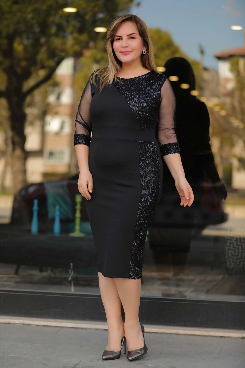 Oversize Sequined Black Dress