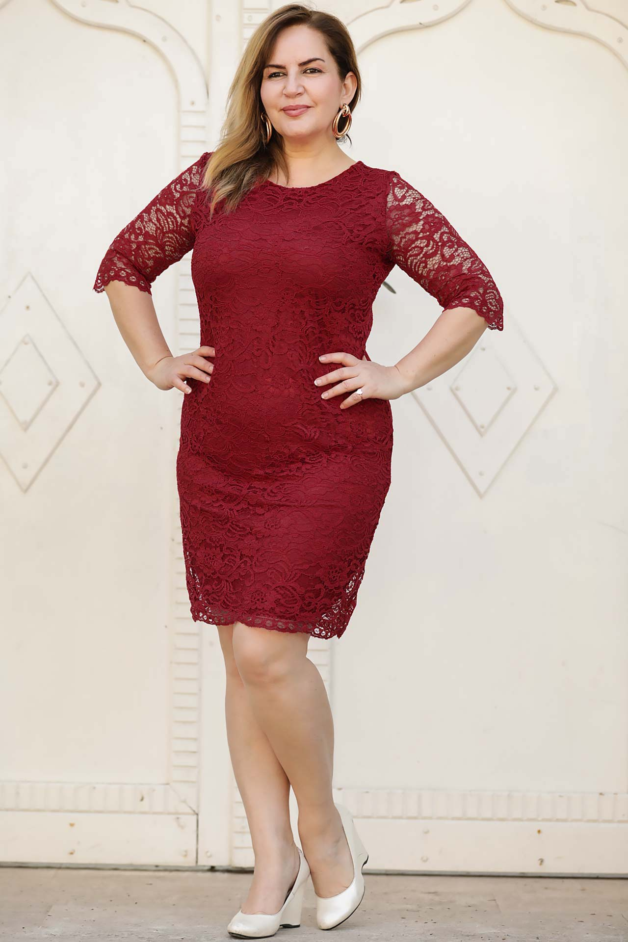 Big Size Lace Detailed Red Dress