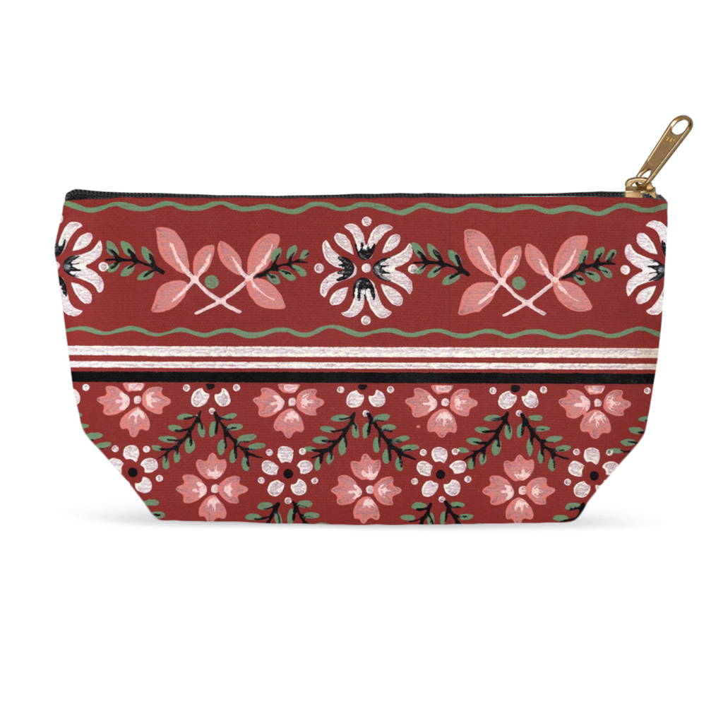 Makeup bags with a retro '50s traditional pattern