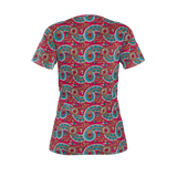 Dutch paisley all-over print women's T-shirt on raspberry