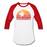 CALIFORNIA - Vintage-style state design on a unisex baseball T-shirt - white/red