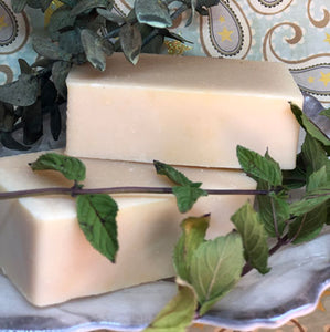 Spearmint & Eucalyptus Essential Oil Goat's Milk Soap
