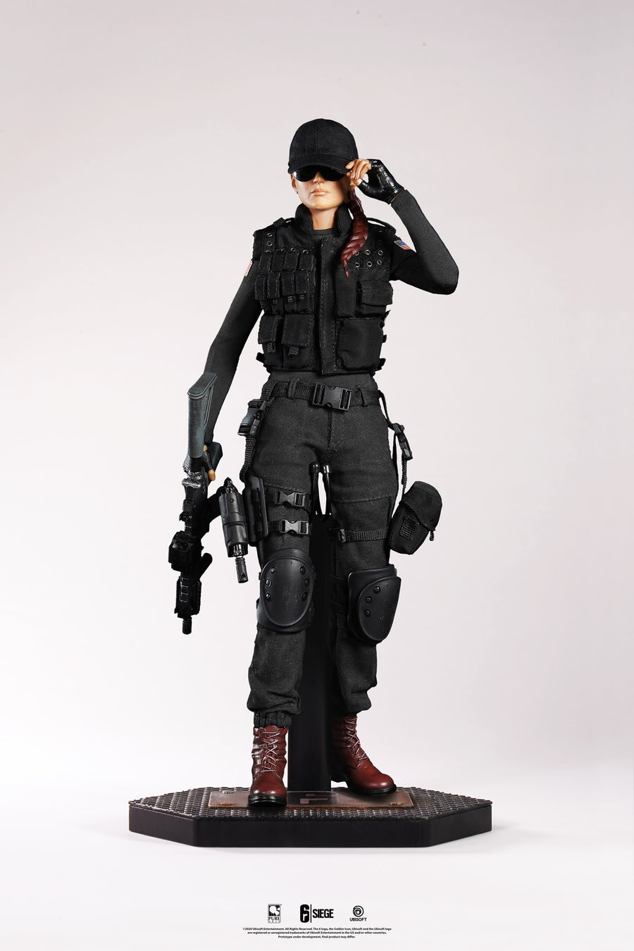 Six Siege: Ash 1/6 Articulated Figure