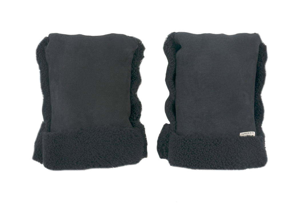 Binibamba sheepskin buggy mittens in black
