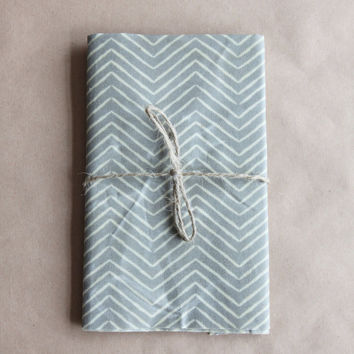 Reusable Cotton Beeswax Wrap - Grey Zigzag Lines