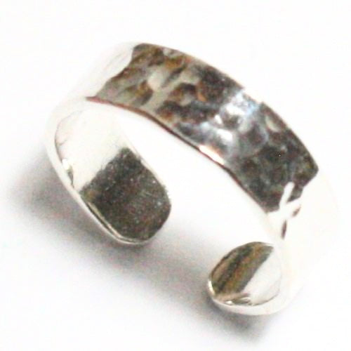 Solid Silver 925 Handmade Hammered Adjustable 5mm Toe Ring. Hallmarked