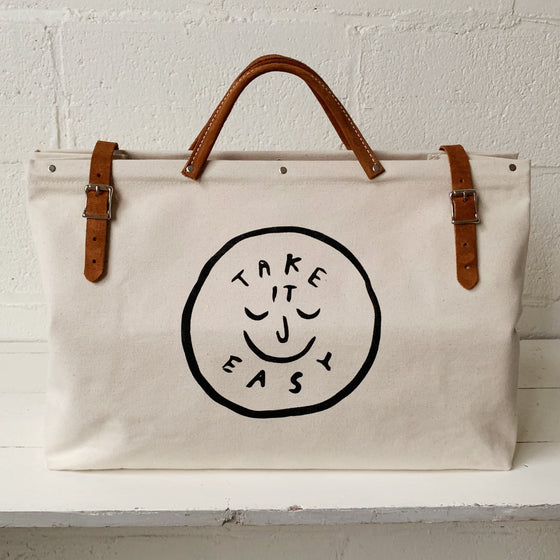 TAKE IT EASY Utility Bag