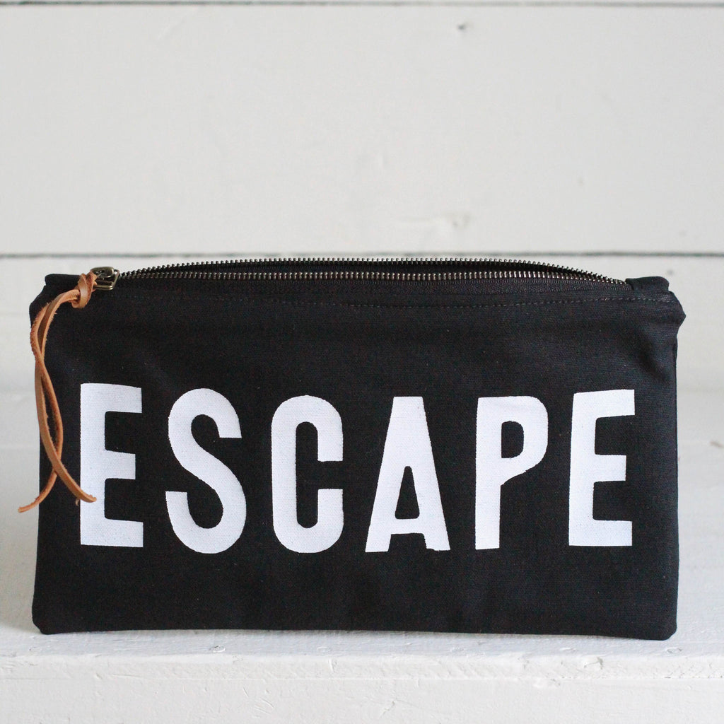 ESCAPE Travel Clutch - Black Sample