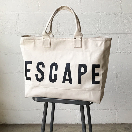 ESCAPE Cargo Bag w/o Shoulder Strap - Sample