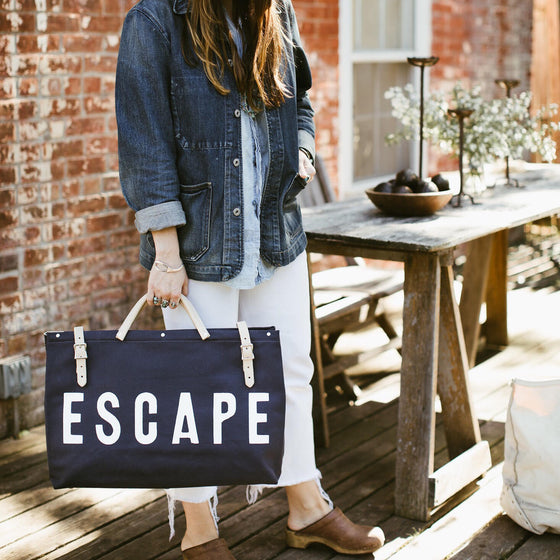 ESCAPE Canvas Utility Bag in Navy Blue