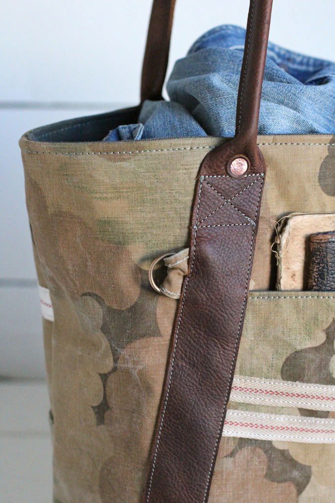 1950's era Mitchell Cloud Camo Carryall