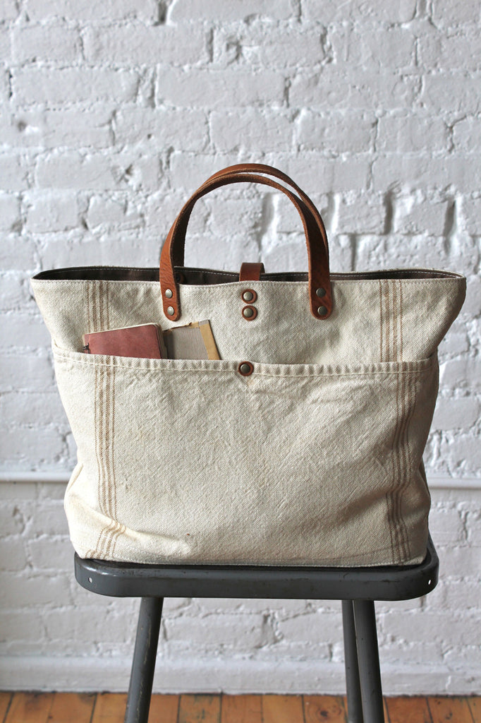1920's era Farm Feed Sack Pocket Tote