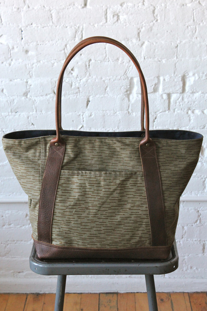 1960's era Rain Pattern Camo & Work Apron Carryall