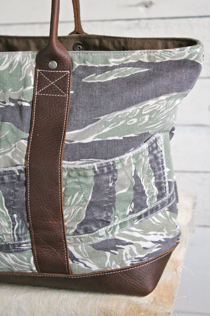 1950's era Tiger Stripe Camo and Lumber Apron Carryall.