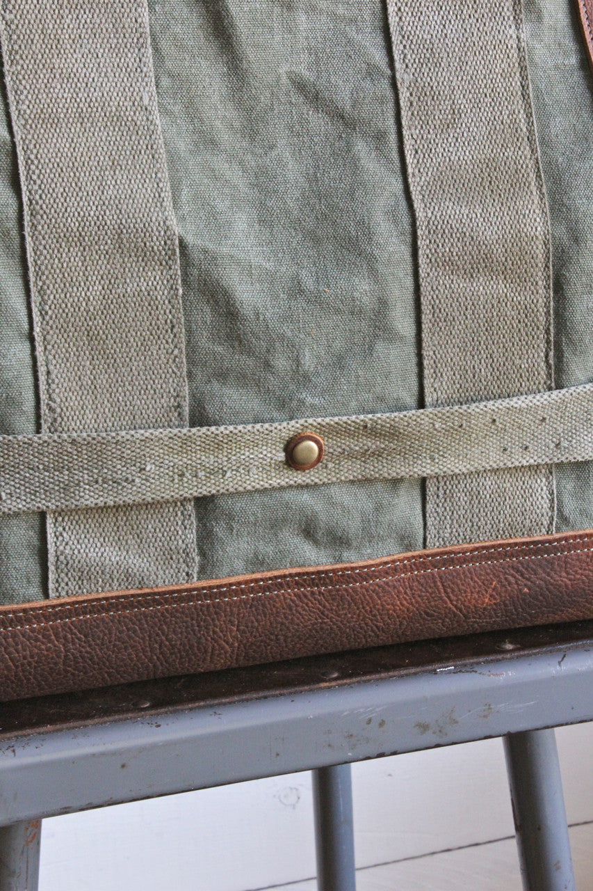 WWII era Aviator's Canvas Carryall