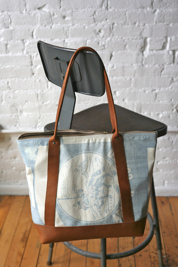 1950s era Zip Top Carryall