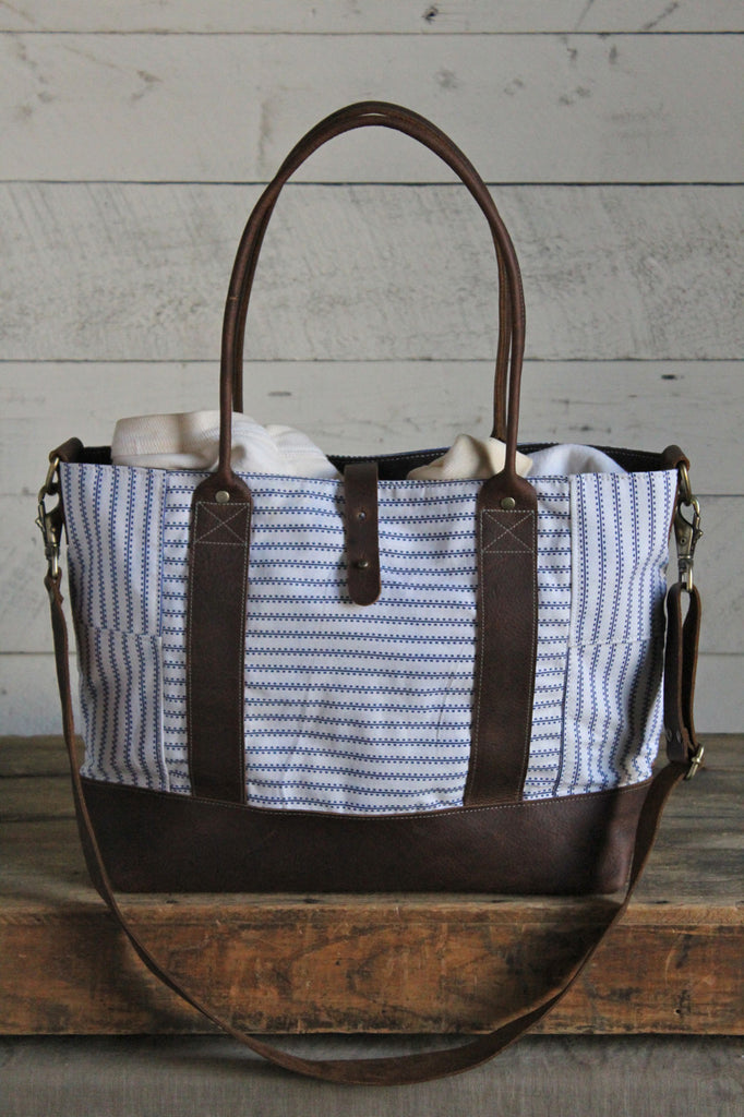 1940's era Feed Sack Weekend Bag