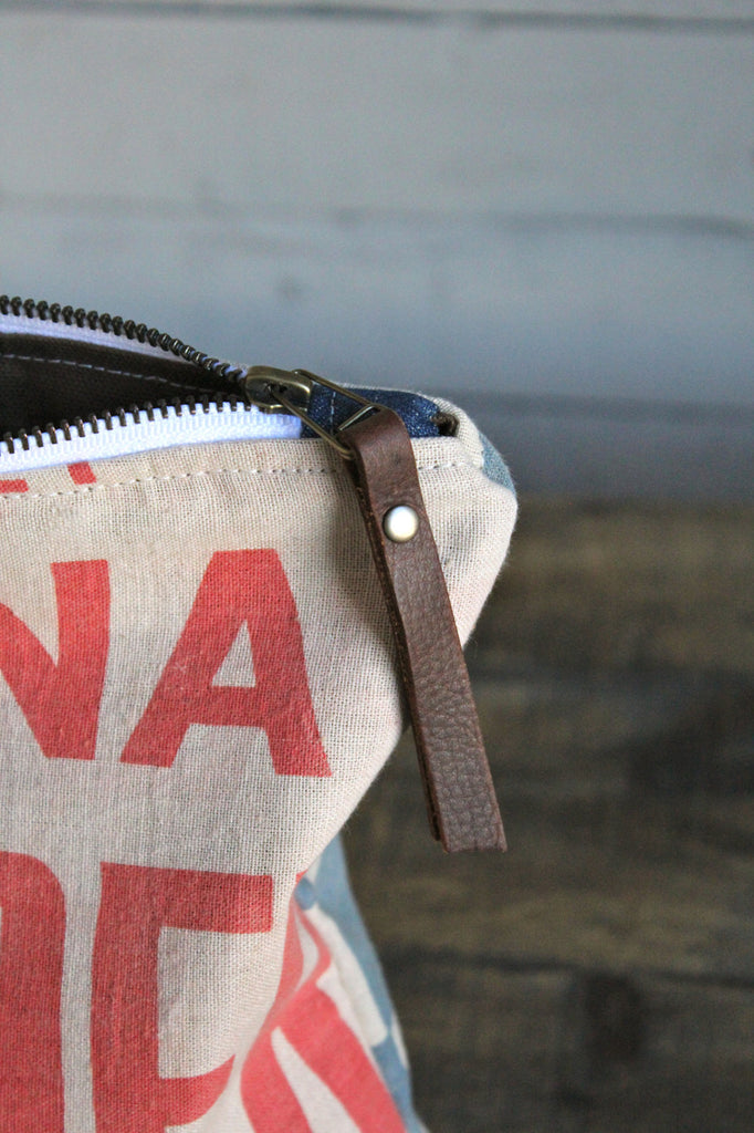 Large 1950's era Feed Sack Utility Pouch