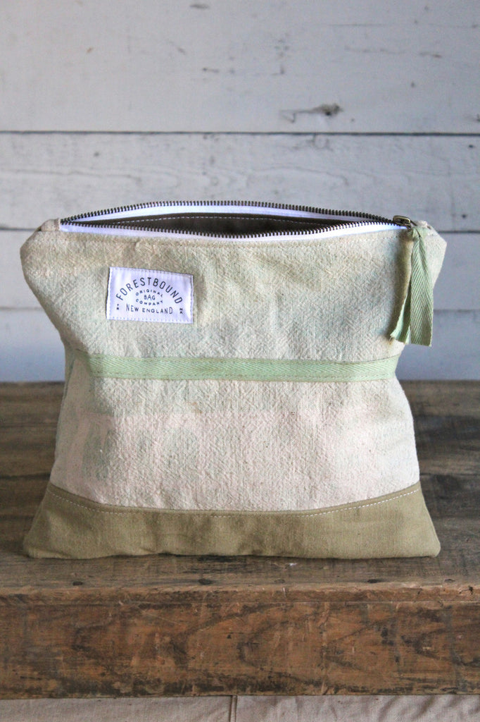 Large 1940's era Miracle Feed Sack Utility Pouch